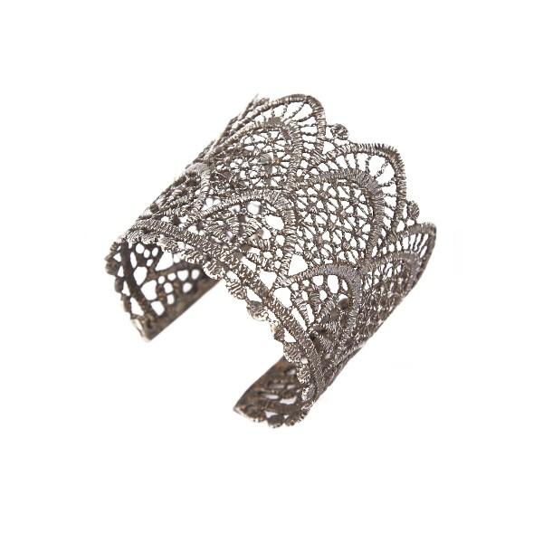 Elena Kougianou Small Lace Arrow Cuff – Oxidized